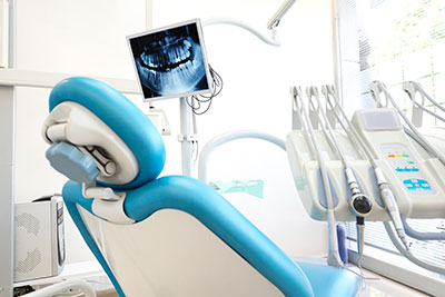 Dental chair with x-ray at Mid Valley Dental in Menasha, WI